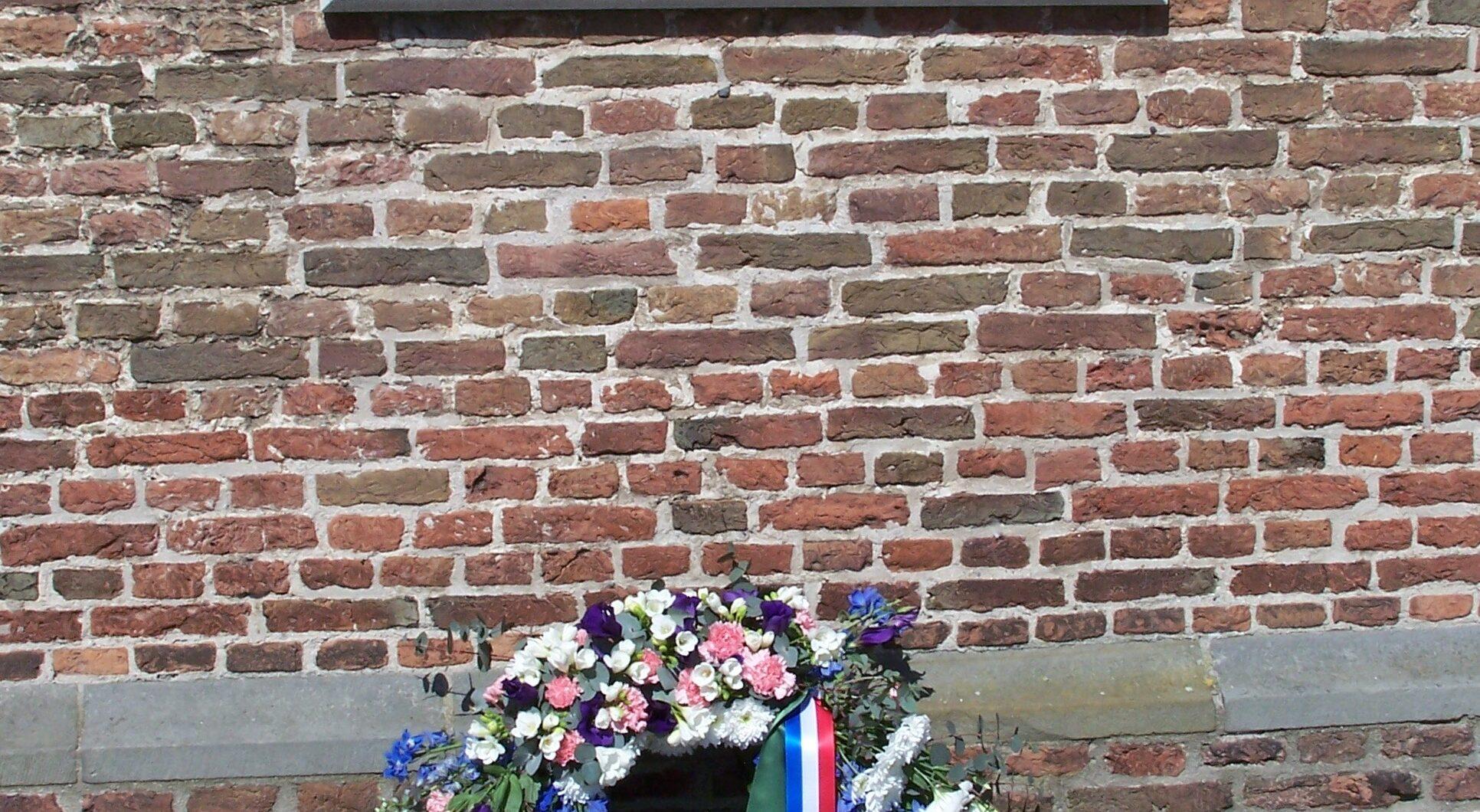 Wilp, plaquette op de Wilpse kerk