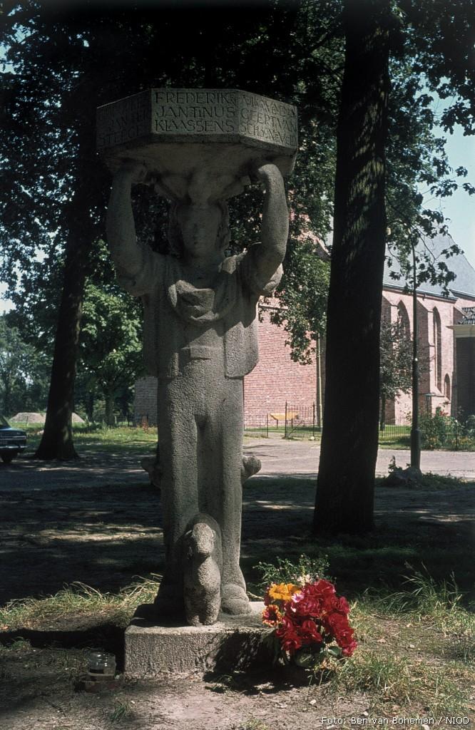 Rolde, monument op de Kerkbrink