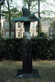 Laren, 'Monument voor de Gevallenen'
