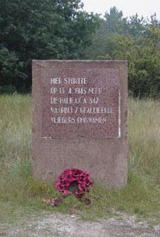 Zandvoort, monument in het 'Kromboomsveld'