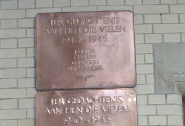 Haarlem, plaquette in het NS-station (1)