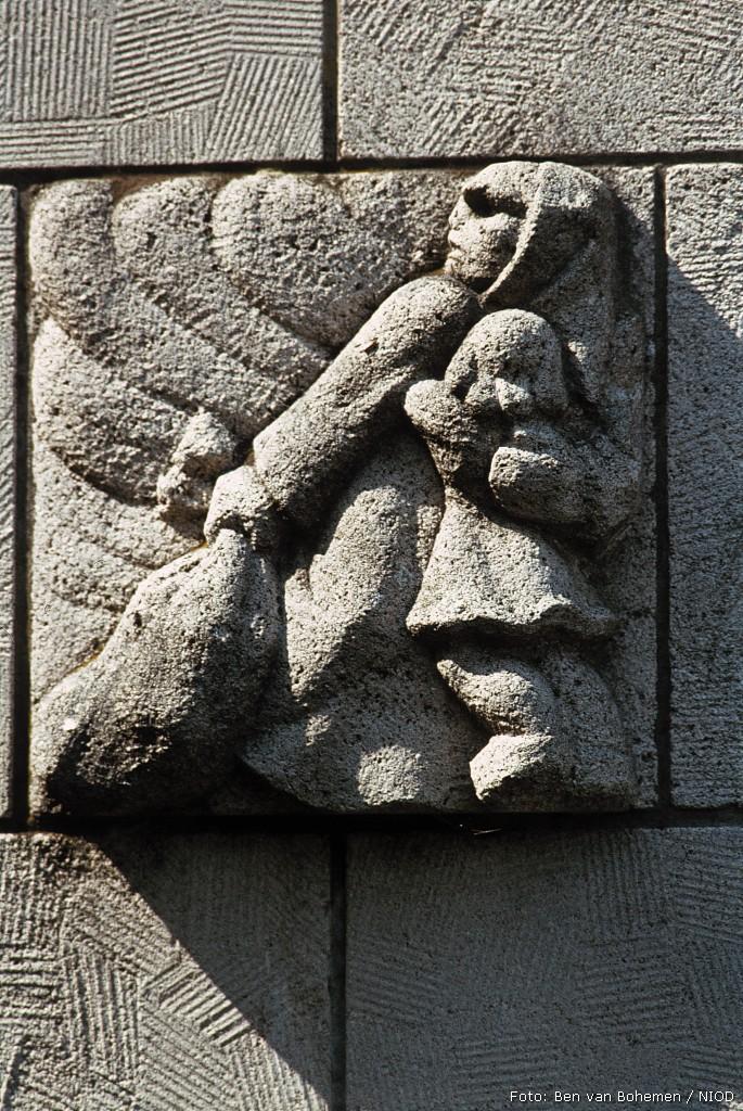 Doorn, monument op het Raadhuisplein