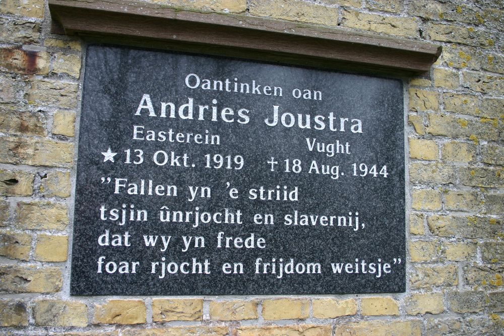 Easterein, monument voor Andries Joustra