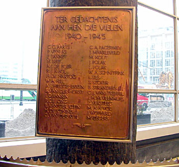 Rotterdam, plaquette in het NS-station