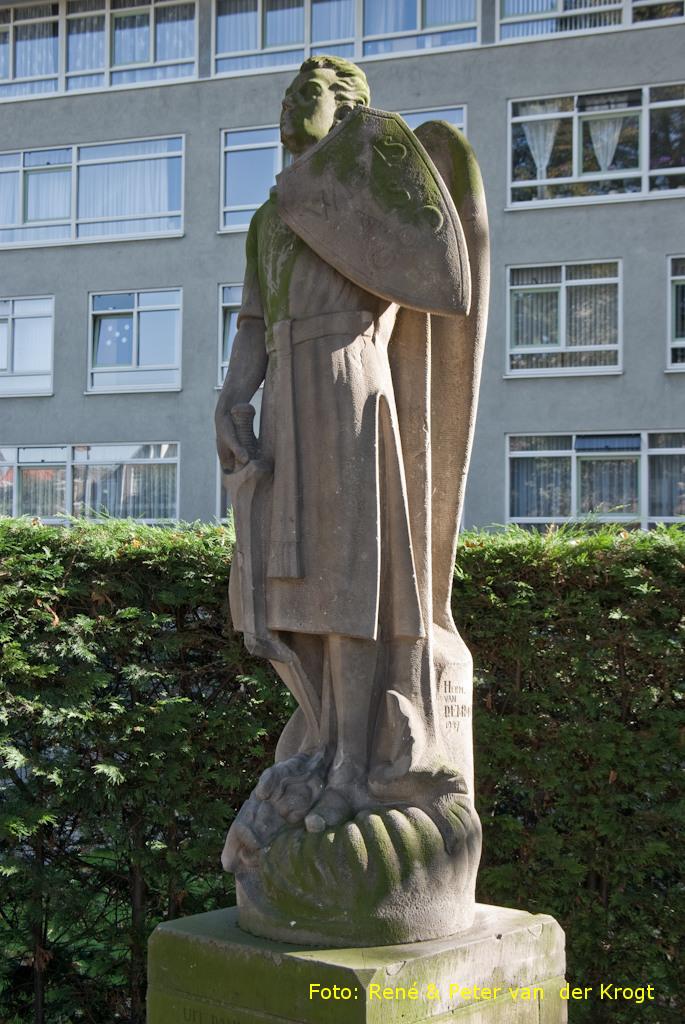 Den Haag, 'Aartsengel Michael'