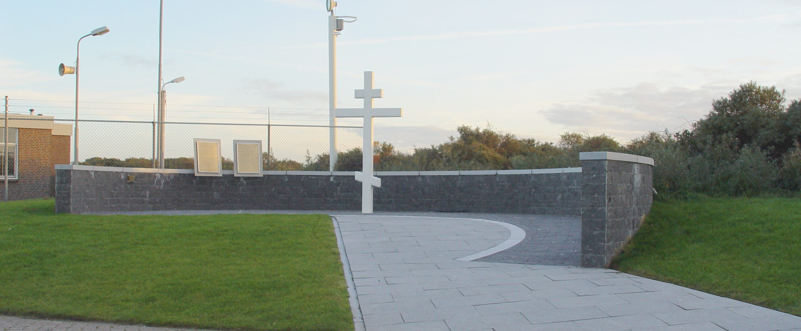 Den Hoorn, monument bij de Joost Dourleinkazerne