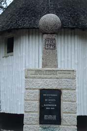 Loenen, Ereveld loenen - Natzweiler monument (foto: B. van Bohemen/NIOD)