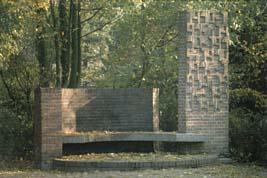 Loenen, Ereveld Loenen (foto: B. van Bohemen/NIOD)