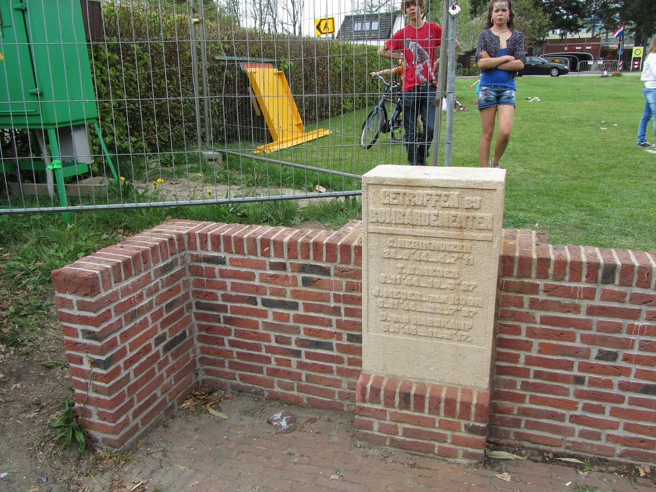 Maarn, monument op het Raadhuisplein