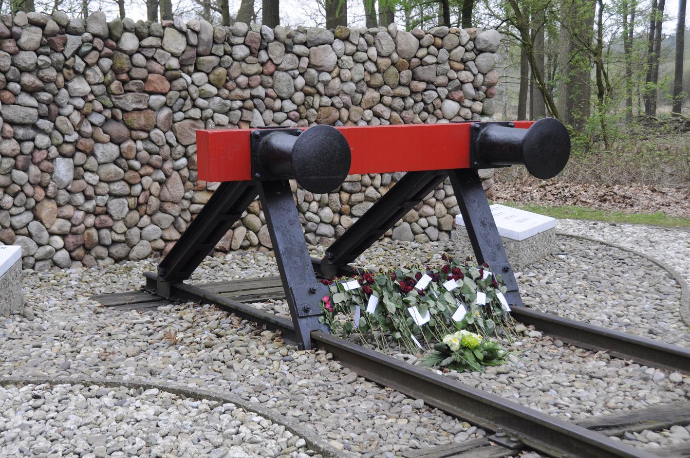 Hooghalen, Nationaal Monument Westerbork