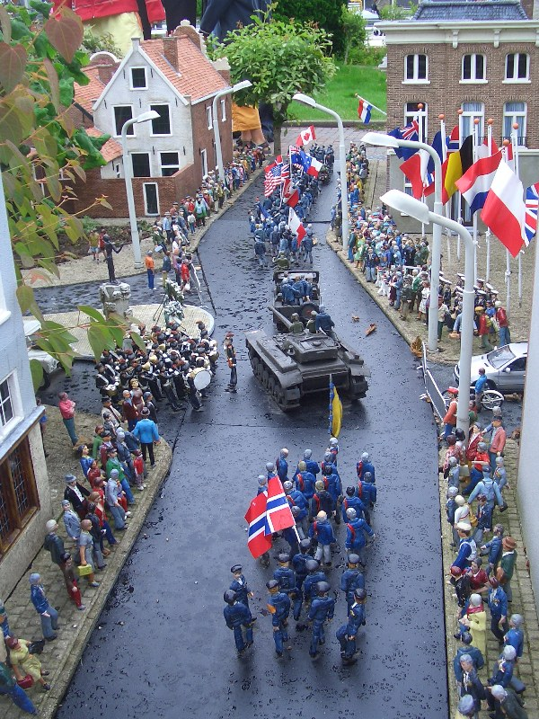 Den Haag, Madurodam - Hotel De Wereld (foto: Nationaal Comité 4 en 5 mei)