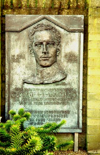 Den Haag, Madurodam - monument voor George Maduro