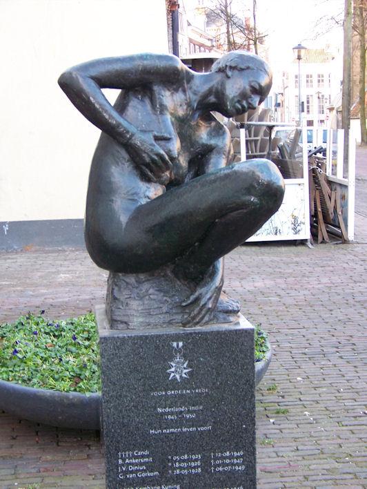 Deventer, 'De Wachtende Moeder'