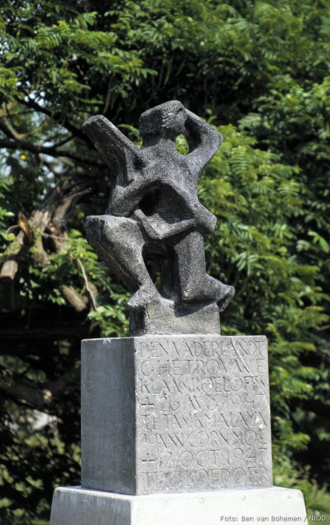 Etten-Leur, 'Monument voor Gesneuvelde Militairen'