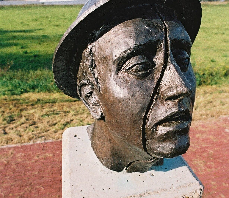 Heerewaarden, 'Hadwin & Stopher Memorial'