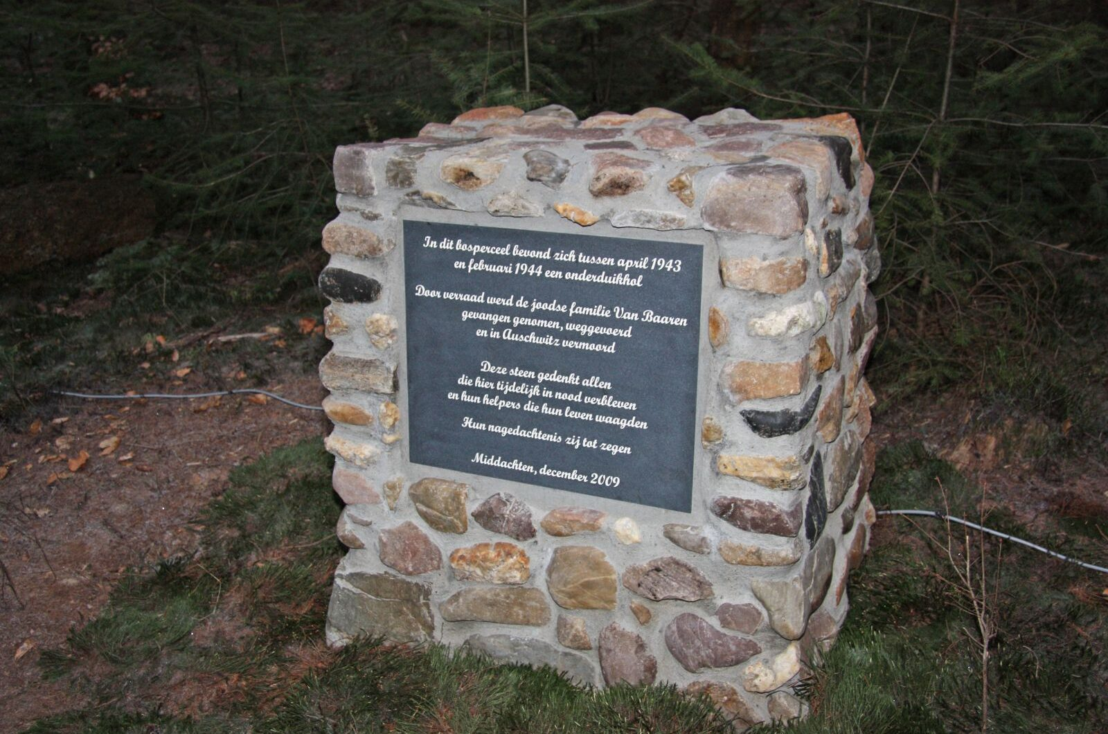 De Steeg, monument bij het onderduikershol