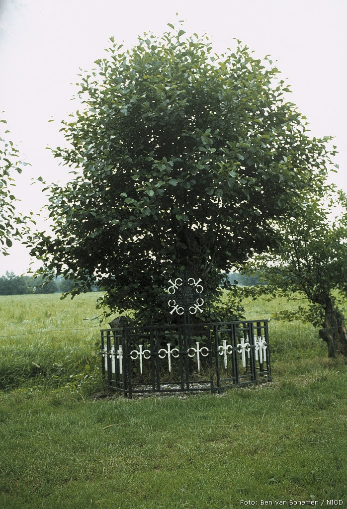 Hoogland, gedenkmonument